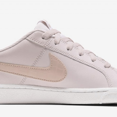 nike.wmns.court.royale.barely.rose.1